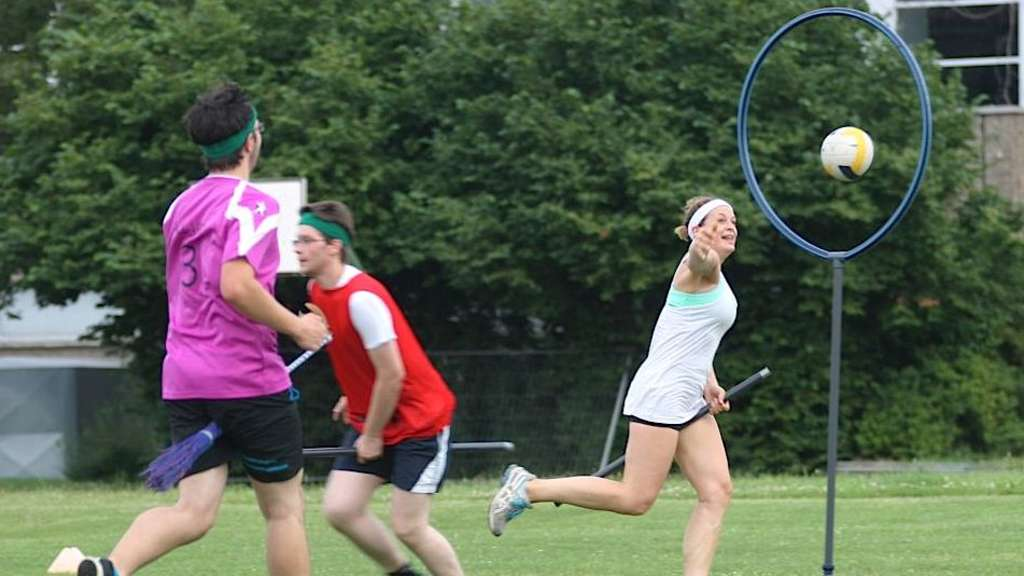 "Wie Harry Potter: Die Heidelberger ""HellHounds"" spielen Quidditch."