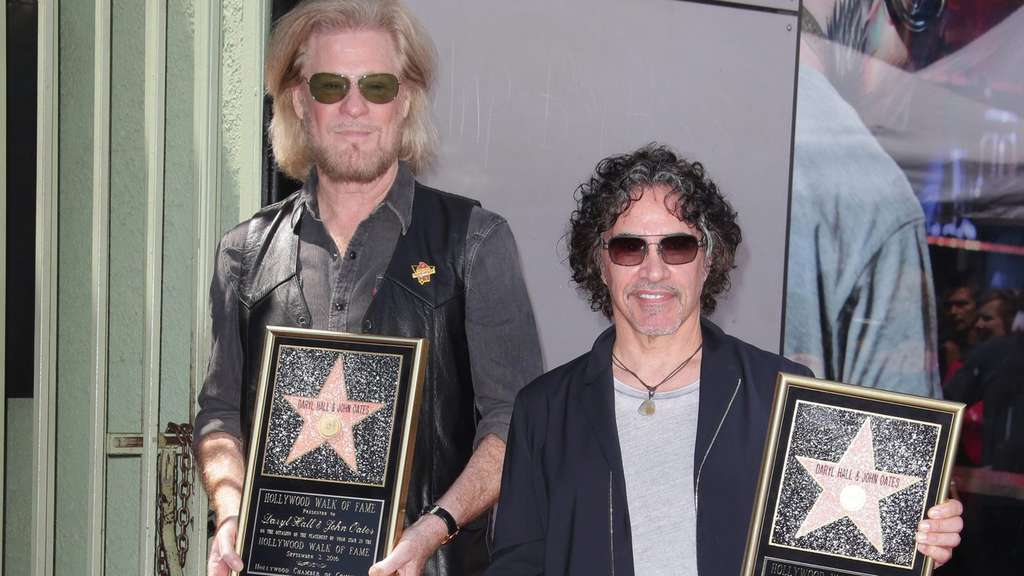 US musicians Daryl Hall and John Oates receive a star on the Holl