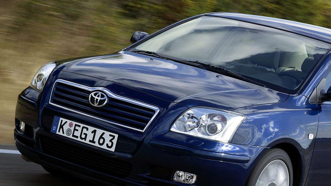 Toyota Avenis