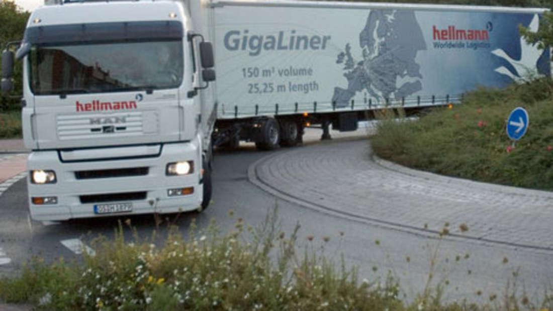 Giga-Liner Monstertrucks Lang Lkw