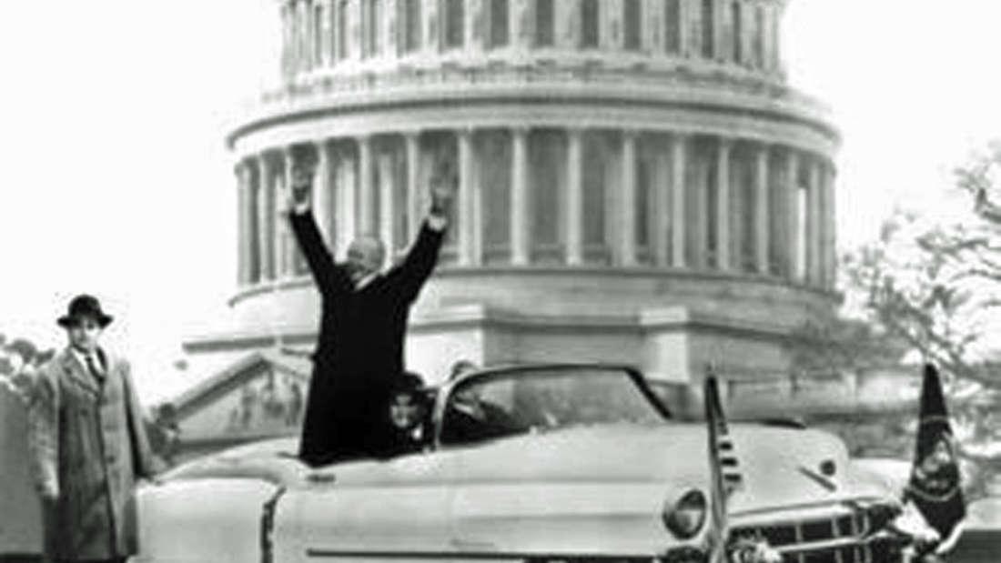 Präsident Eisenhower -ein absoluter Autonarr -im Cadillac Eldorado Convertible (1953).