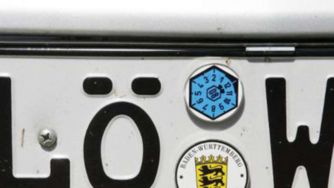 Autokennzeichen LÖ-W