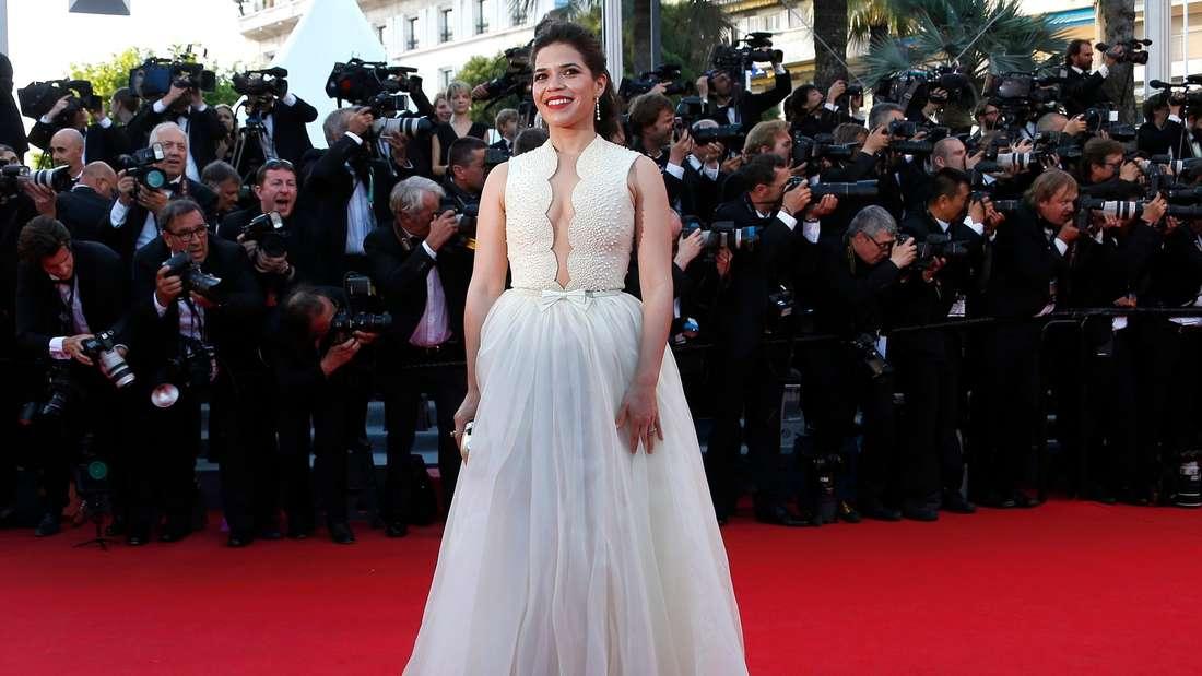 Cannes America Ferrera Rock