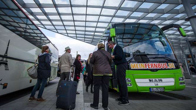 Alternativen im Bahn-Streik: Bus, Auto, Flieger?