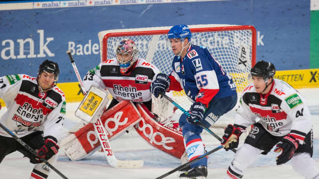 Mit 3:5 mussten sich die Adler Mannheim den Kölner Haien geschlagen geben.