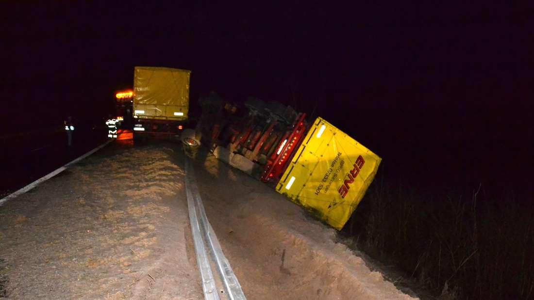 Gefährliche Glätte: Lkw-Unfall auf der A6 im Dreick Viernheim am Donnerstagmorgen.