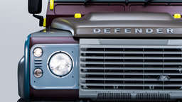 Land Rover Defender in Designer-Klamotten