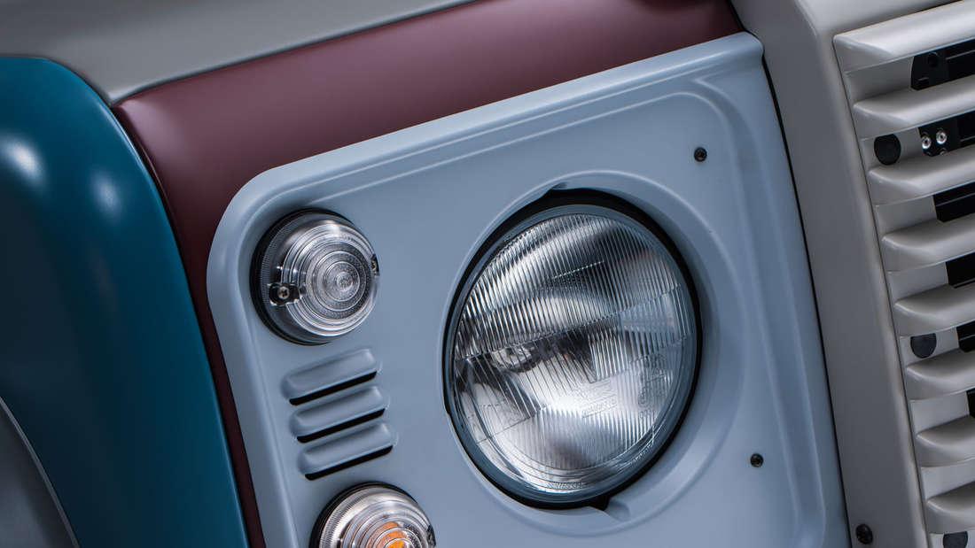 Bienchen auf dem Dach, Farbe und Leder - der britische Modedesigner Sir Paul Smith hat einen Land Rover Defender maßgeschneidert.