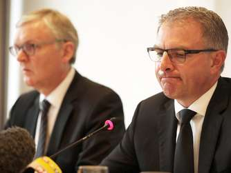 Germanwings-Absturz Pressekonferenz Carsten Spohr