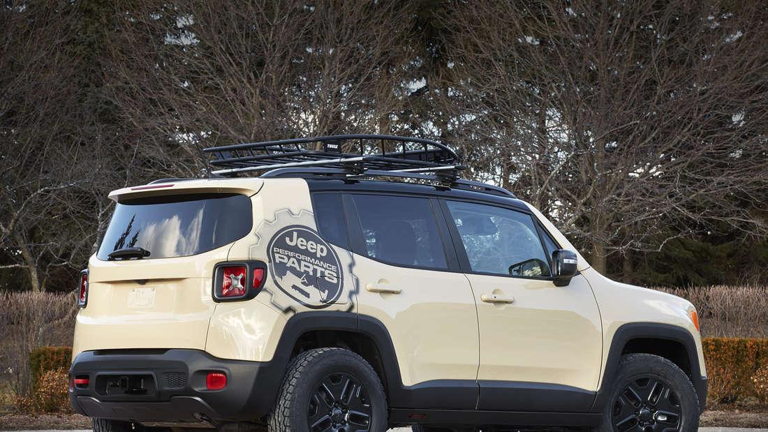 Easter Jeep Safari: Jeep Renegade Desert Hawk Concept.