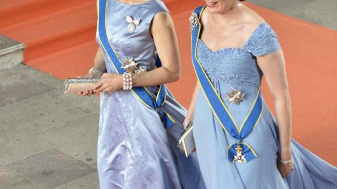 Blau in Blau:Kronprinzessin Mary und Königin Mathilde von Belgien. Foto: Henrik Montgomery/Tt