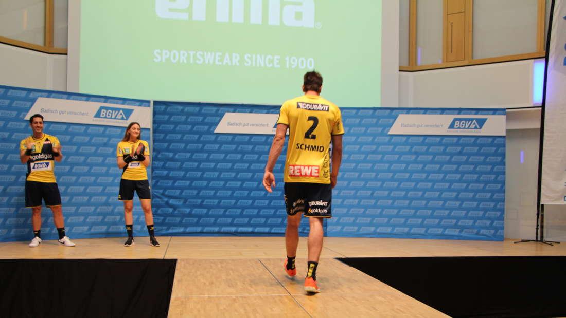 Neue Trikots, neues Team! Rhein-Neckar Löwen präsentieren sich den Fans.