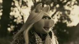 Video: Miss Piggy singt Adeles