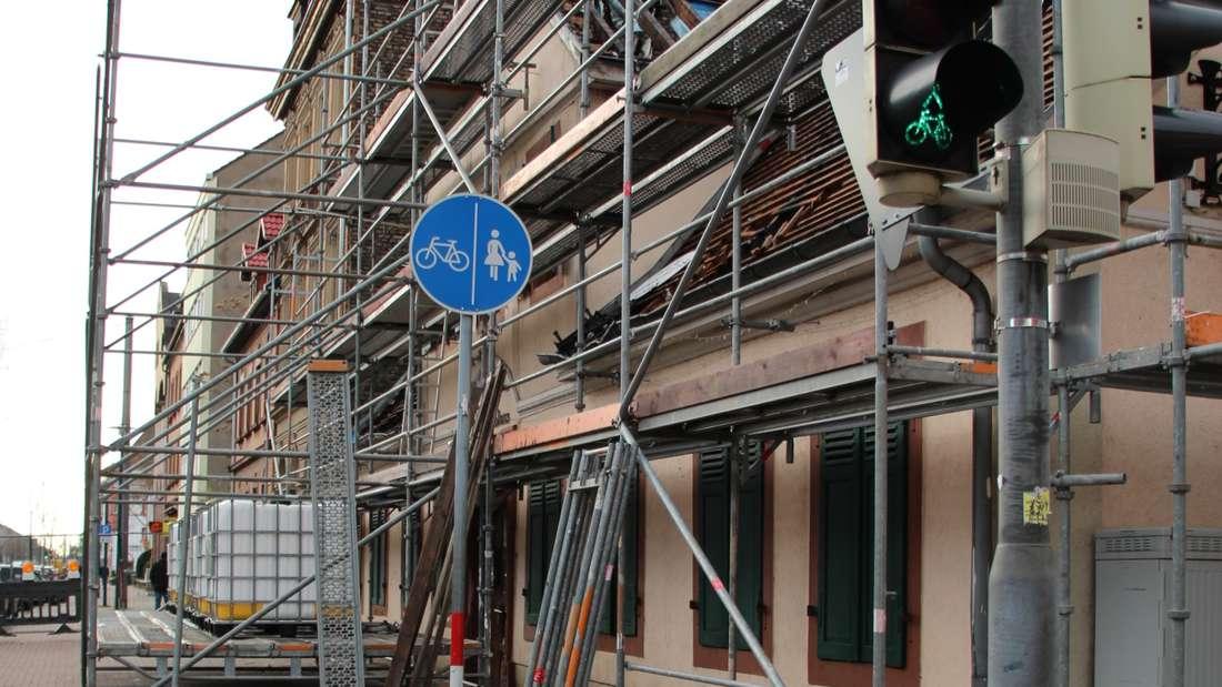 Altes Relaishaus - bereit für den Wiederaufbau.