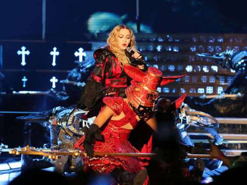 Queen of Pop in Mannheim: Madonna rockt SAP Arena
