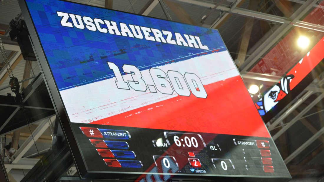 In SAP Arena: Adler Mannheim gegen Iserlohn Roosters.