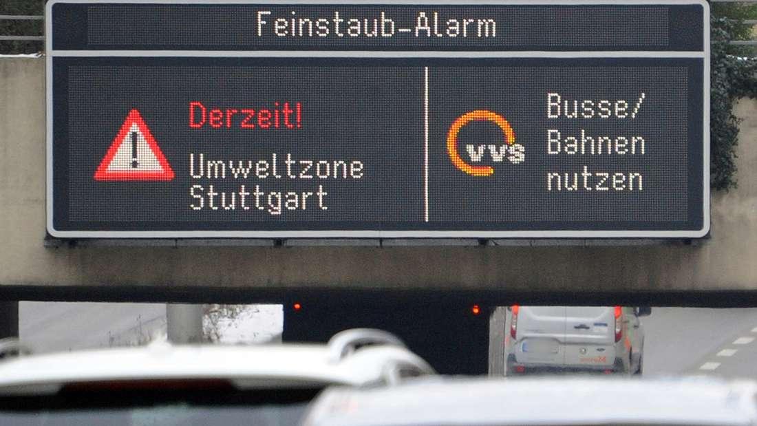 Stuttgart hatte am Montag als erste Stadt bundesweit Feinstaubalarm ausgerufen.