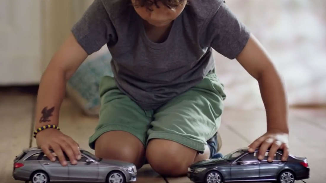 The Uncrashable Toy Cars - 2016 Jung von Matt AG Spot für Daimler AG