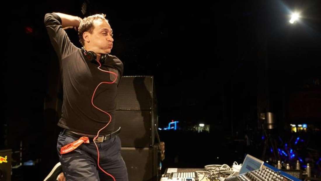DJ Paul van Dyk stürzte von Podium - Zustand stabil. Foto: Thomas Frey