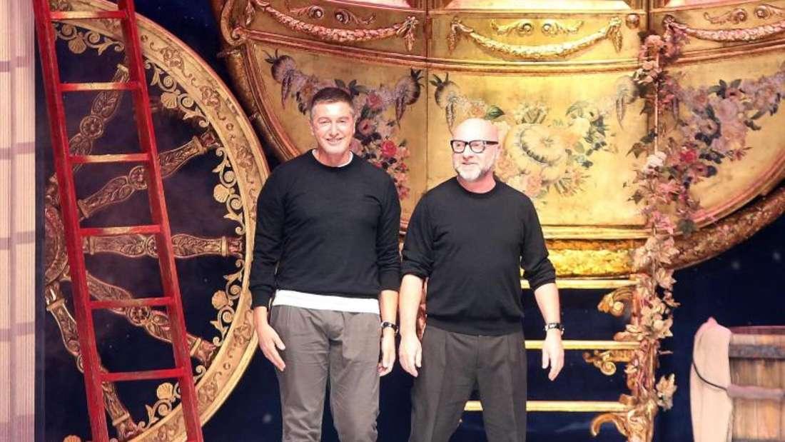 Stefano Gabbana (l.) und Domenico Dolce nach ihrer Show in Mialand. Foto:Matteo Bazzi