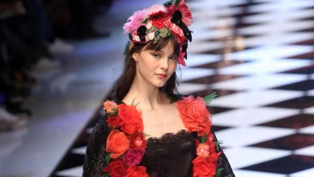Blumiges von Dolce & Gabbana in Mailand. Foto: matteo Bazzi
