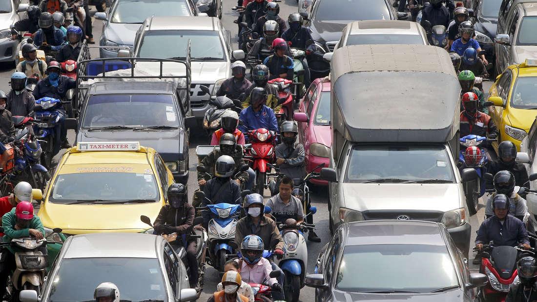Der Verkehr in Thailand ist gefährlich.