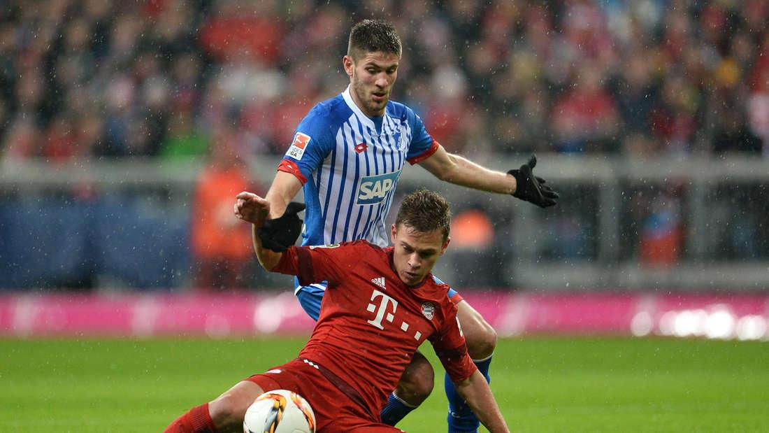 Andrej Kramaric bleibt 1899 Hoffenheim erhalten – hier im Zweikampf mit Bayerns Joshua Kimmich.