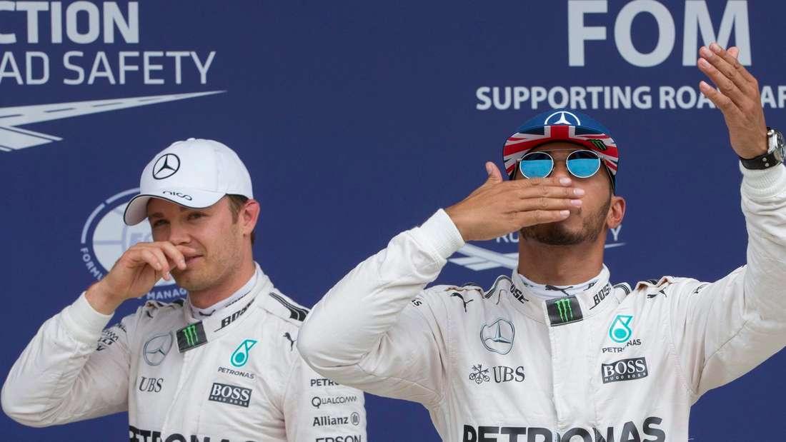 Lobende Worte von Nico Rosberg (l.) über Lewis Hamilton.