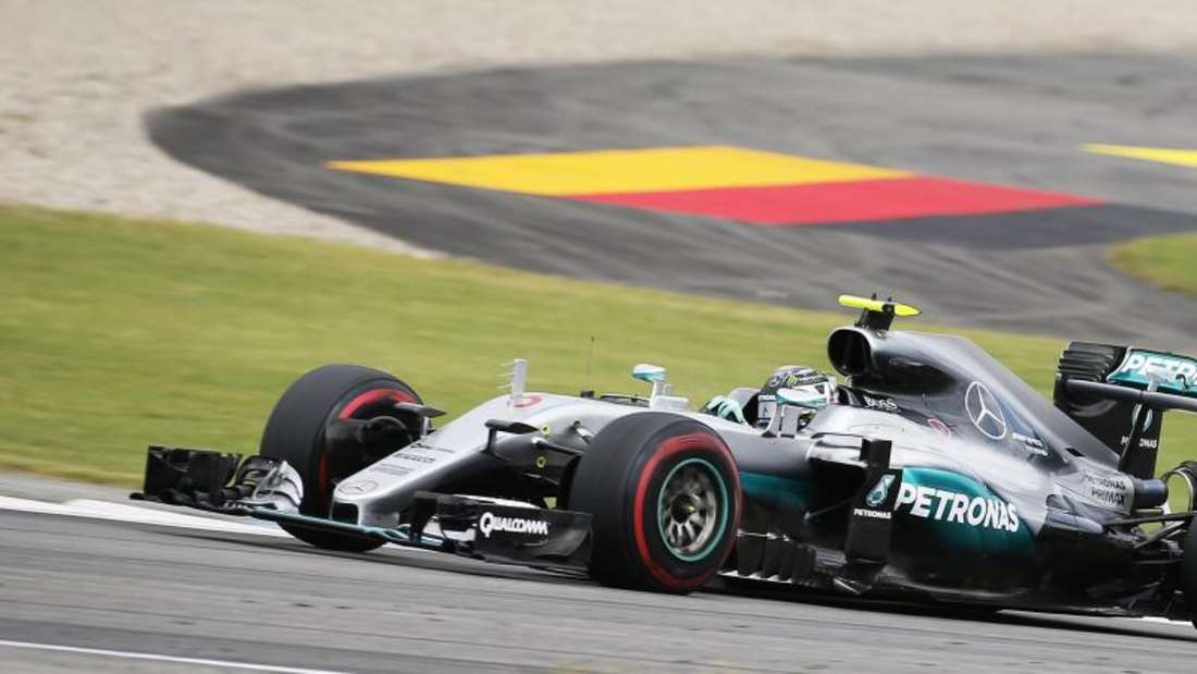 Nico Rosberg ist auch im zweiten Training auf dem Hockenheimring der Schnellste. Foto: Ronald Wittek