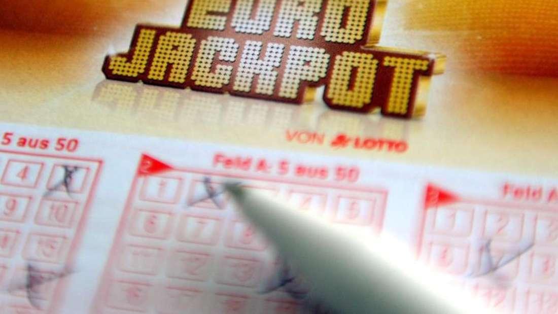 Richtig getippt: Ein verheirateter Angestellter aus Hessen hat den Eurojackpot geknackt. Foto: Caroline Seidel