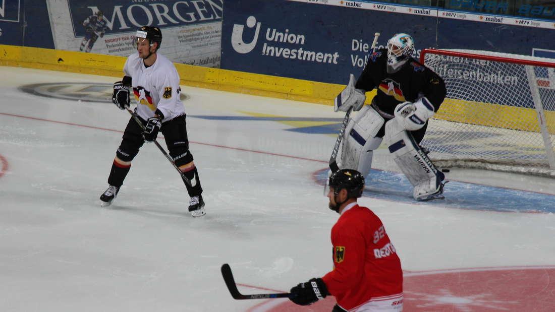DEB-Team bereitet sich in der SAP Arena auf die Olympia-Qualifikation vor.
