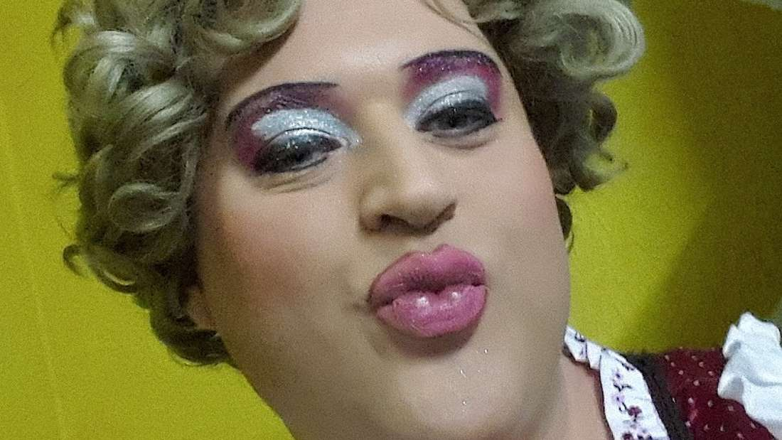 Drag-Queen Dolores von Cartier aus dem Café Klatsch.