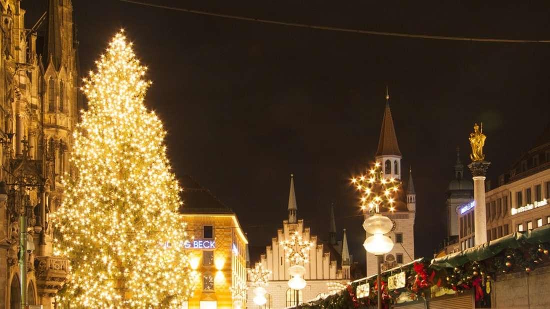 Auch 2018 können Besucher ihre vorweihnachtliche Freude auf Weihnachtsmärkten in ganz Deutschland ausleben, so wie hier auf dem Weihnachtsmarkt auf dem Marienplatz.