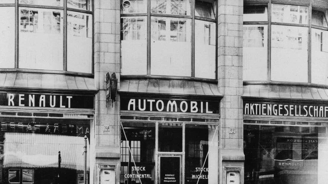 Die erste Renault Filiale Berlin 1907.Firmensitz und Verkaufsräume befanden sich seinerzeit in der Mohrenstraße 22/23, direkt am Gendarmenmarkt in Berlin-Mitte.