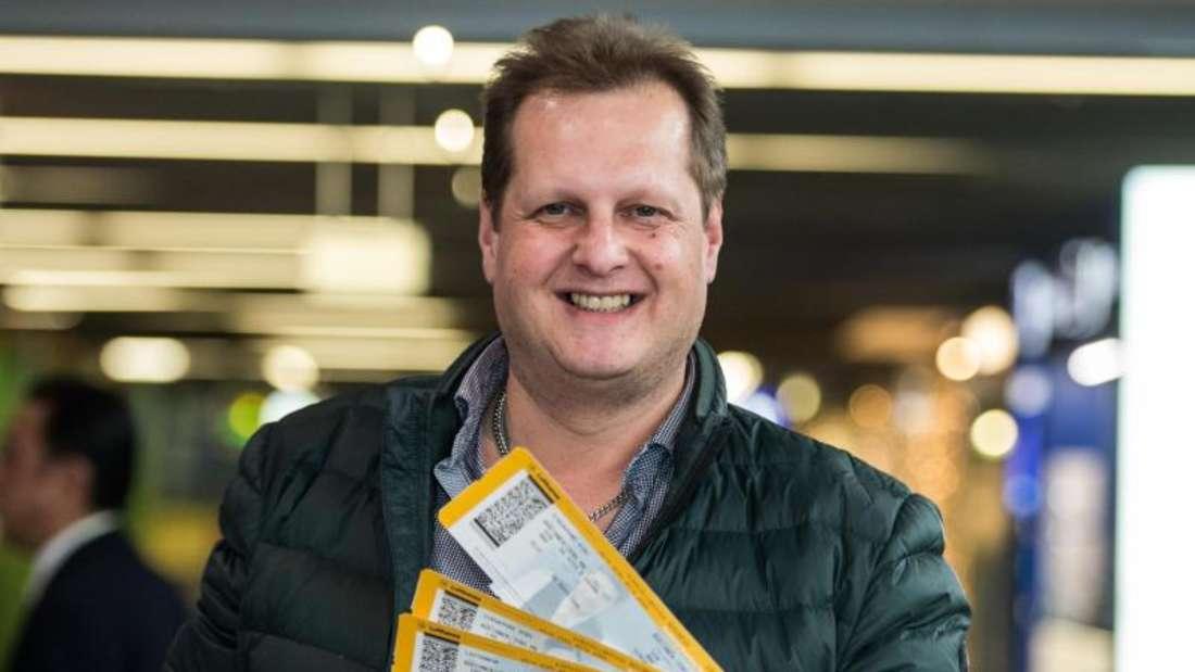 Abflug:Jens Büchner ist raus. Foto: Andreas Arnold