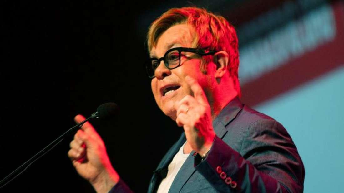 Elton John hat ordentlich zu tun. Foto: Kevin Sutherland