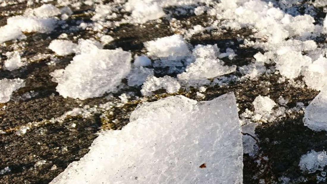 Polizei warnt vor fliegenden Eisplatten