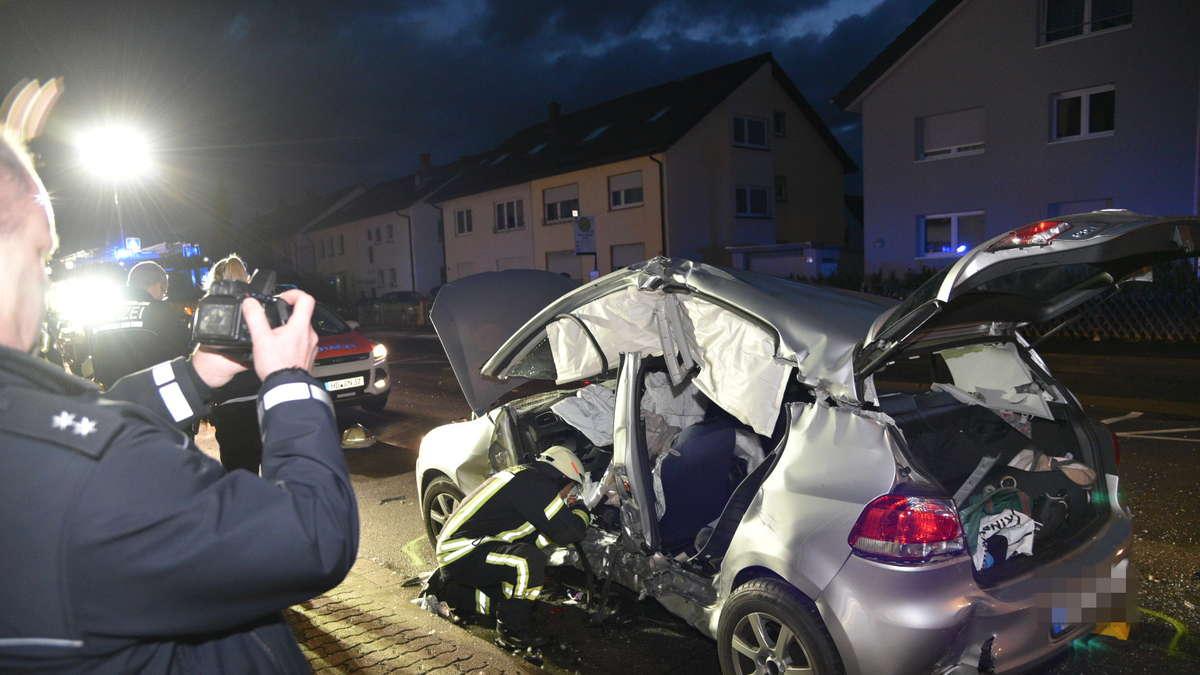 FOTOS: Heidelberg-Kirchheim: Unfall mit Streifenwagen der Polizei in ...
