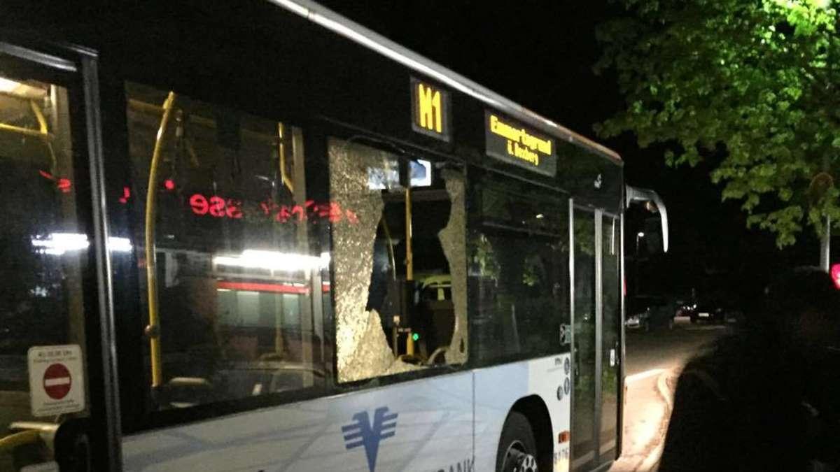 heidelberg emmertsgrund bus von unbekannten angeschossen heidelberg. Black Bedroom Furniture Sets. Home Design Ideas