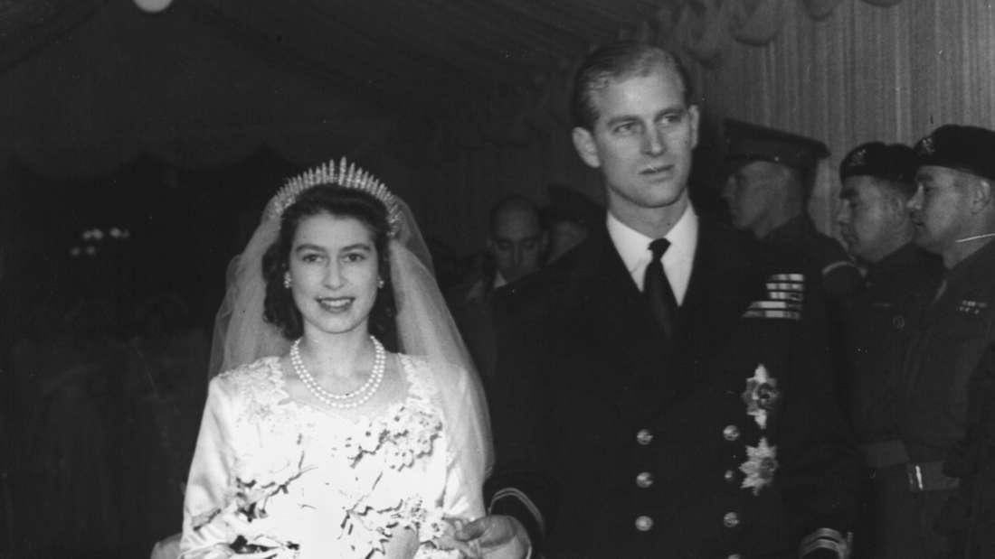 Die damalige Prinzessin Elizabeth heiratet ihre JugendliebePhilip Mountbatten in der Westminster Abbey am 20.11.1947.
