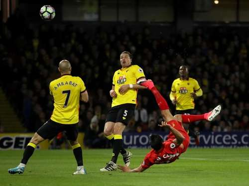 Dank Traumtor von Can: Liverpool siegt in Watford