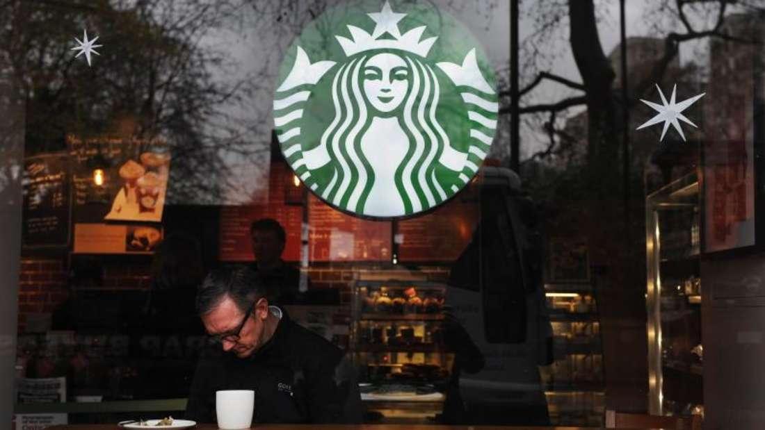 Platz 3: Starbucks (rund 25.000 Filialen)