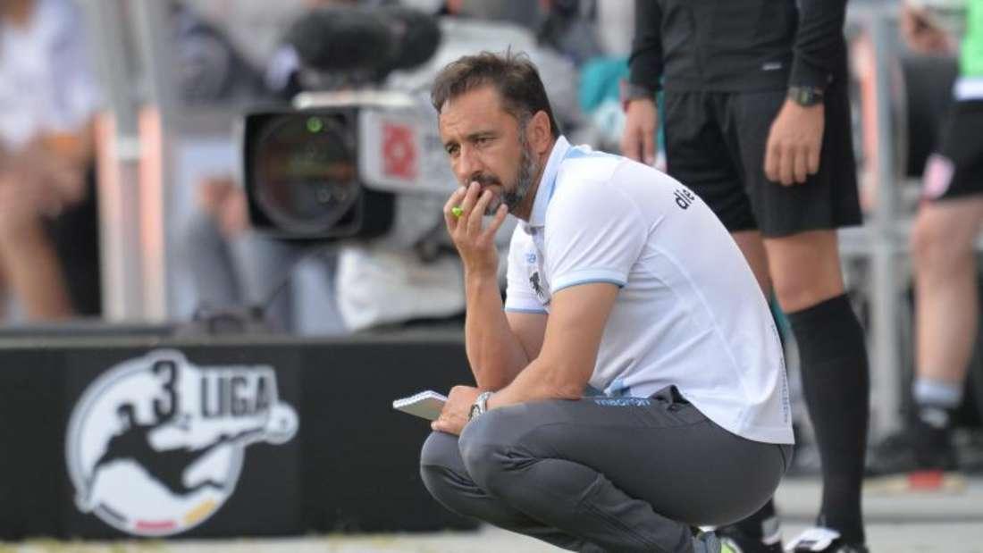 1860-Trainer Vitor Pereira fordert von seinen Spielern die richtige Einstellung. Foto: Timm Schamberger