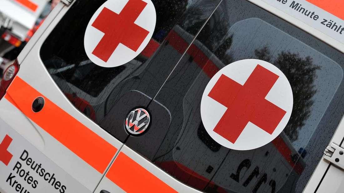 Unglück in Jena:Kleinkind stürzt aus drittem Stock und landet auf Grill (Symbolfoto).