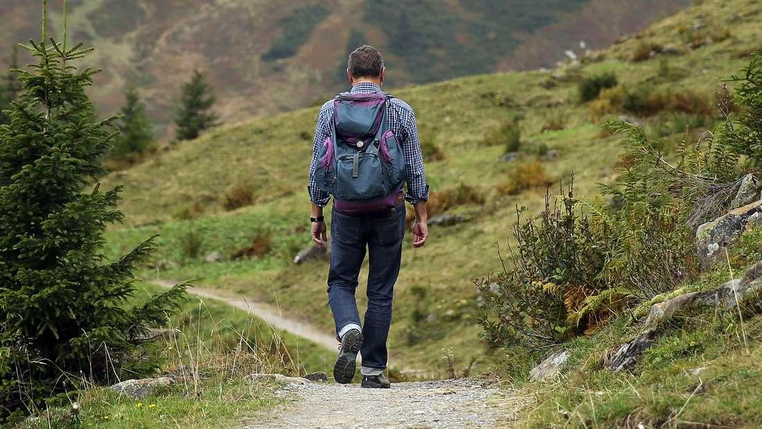 Damit Sie auf Wanderungen sicher sind, sollten Sie diese Tipps beachten.