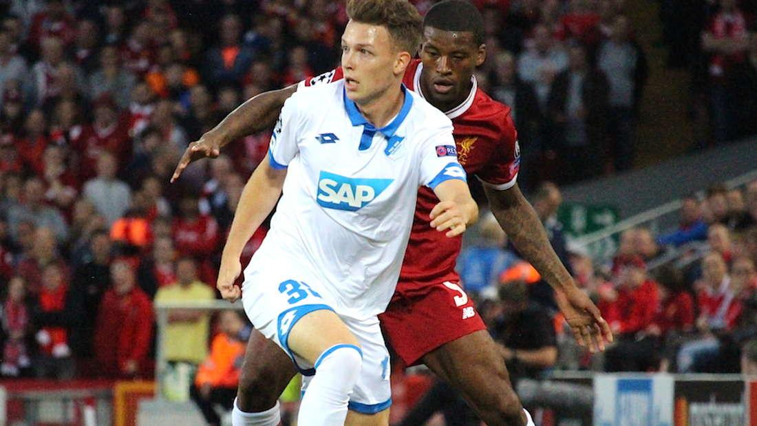 Auch beim Champions-League-Spiel in Liverpool hat Dennis Geiger von Beginn an gespielt.
