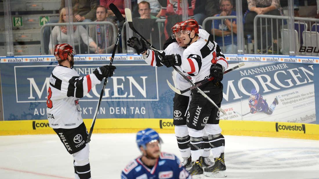 Adler Mannheim gegen Kölner Haie.