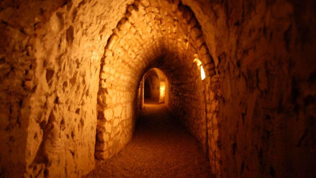 Die Katakomben von Paris, Frankreich
