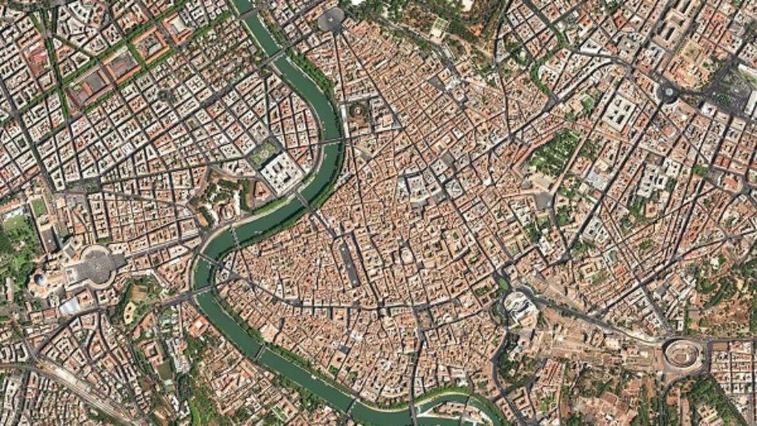 Kaum eine Stadt eignet sich besser als Beispiel für das Auf und Ab von Städten im Laufe der Geschichte. In der römischen Geschichtsschreibung wurde die Gründung der Stadt auf das Jahr 753 v. Chr. Datiert, archäologische Befunde zeigen aber, dass schon Jahrhunderte davor eine Siedlung existierte. In der Folge entwickelte sich Rom zur Hauptstadt des römischen Imperiums und später auch der katholischen Kirche, versank aber auch mehrfach in weitgehender Bedeutungslosigkeit.
