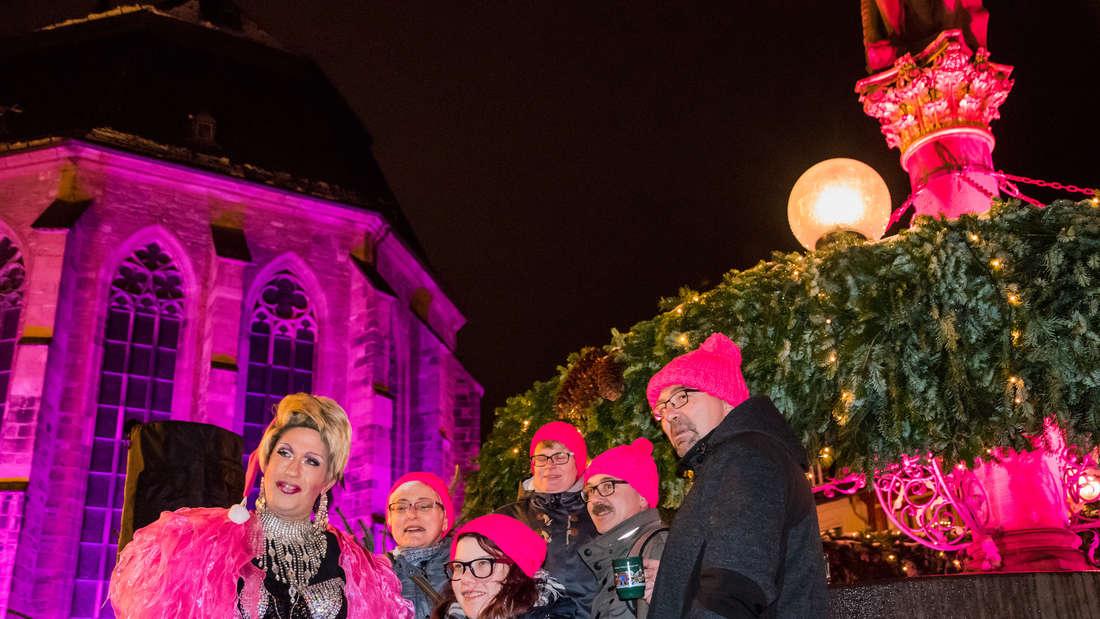 4. Pink Monday auf dem Marktplatz Heidelberg Weihnachtsmarkt